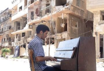 Il pianista siriano Aeham Ahmad