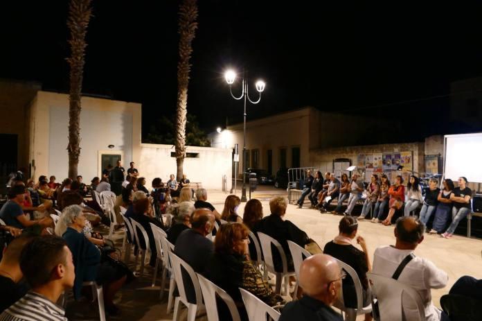 Un momento di una delle scorse edizioni del Festival, in piazza a Ortelle