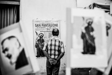 """""""Resteranno i santi"""", di Clara Zanoni"""