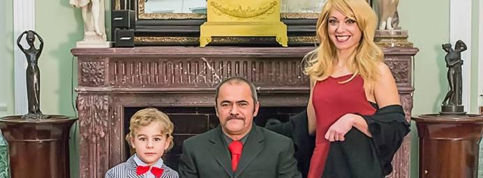 A sinistra il piccolo Oscar Stajano