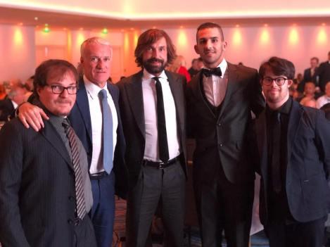 Marco Romano a destra: al centro Didier Descamps e Andrea Pirlo