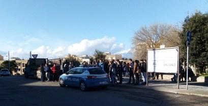 Gallipoli, la protesta degli studenti del Vespucci