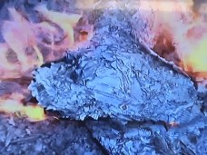 Cartelle da pagare bruciate a Nardò