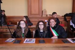Giada Seccia e Alessia Cazzato con l'assessore Titti Cataldi