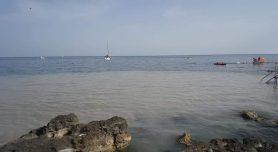 Leuca, i reflui in mare