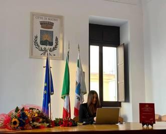 Chiara De Salve discute la tesi al Marchesale