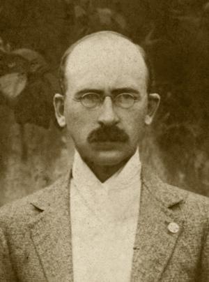 Pr. Robert E. Petigrew