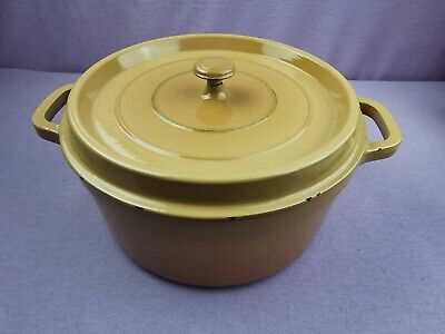 grande cocotte fonte emaillee staub 28 cms ronde beige occasion val 259 d356