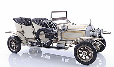 Antique Automobile 1909 Rolls-Royce Silver Ghost 40/50 HP 19.5