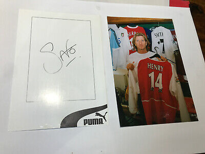 Robbie Savage Autograph & picture with his shirt collection (Birmingham, Wales)