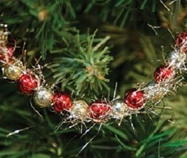 Red Gold Bead Christmas Garland W Tinsel  Ft Long Use On Feather Trees Wreaths