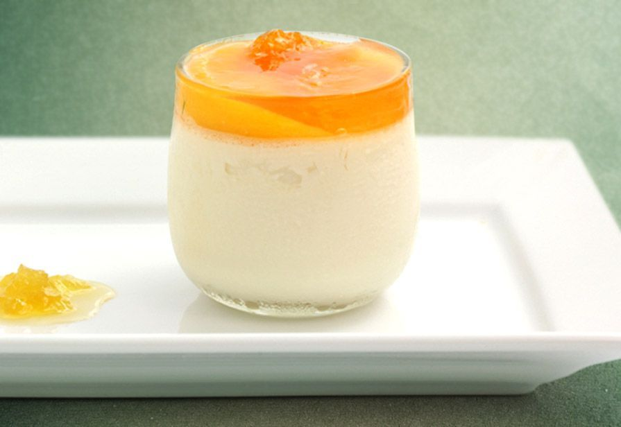 Biancomangiare con salsa all'arancia