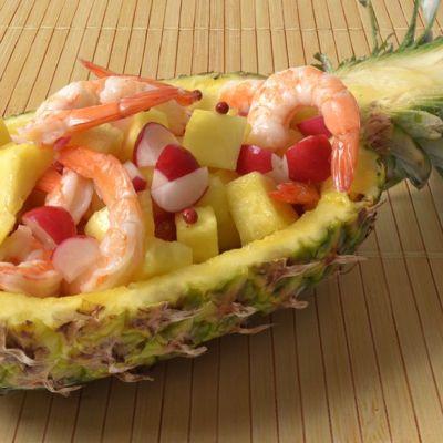 Insalata di gamberi e ananas