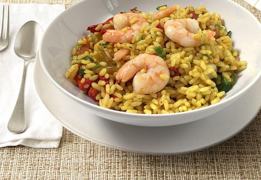 Insalata di riso al curry e gamberi