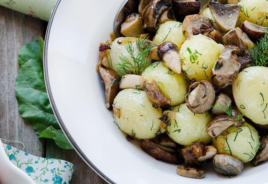 Insalata tiepida di funghi e patate