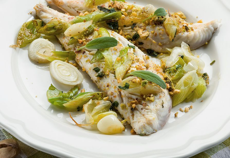 Merluzzo porri e pistacchi