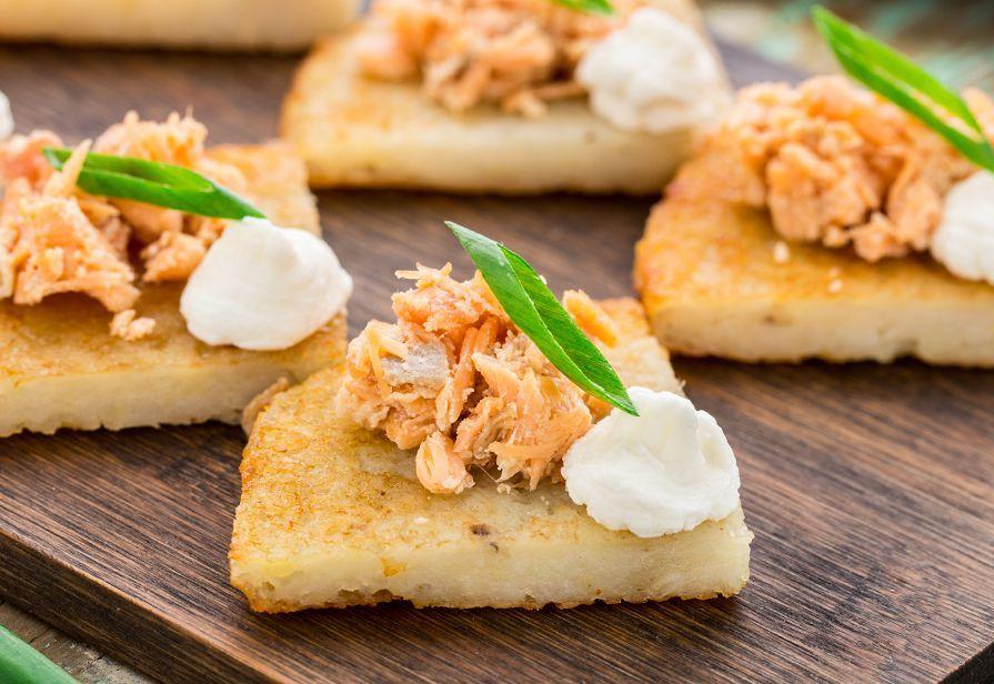 Frittelle di patate al salmone
