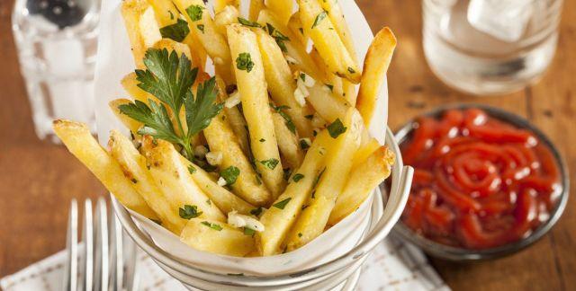 Patatine fritte aglio e prezzemolo