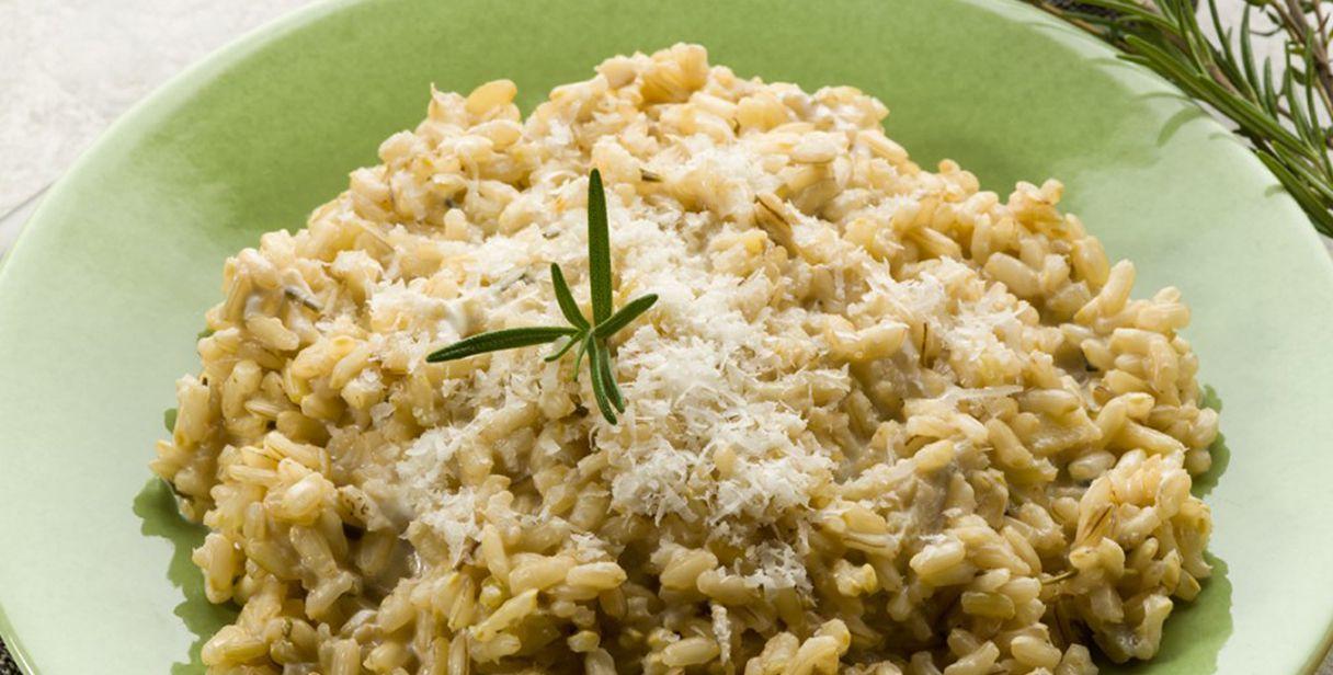 dieta di riso integrale e avocado