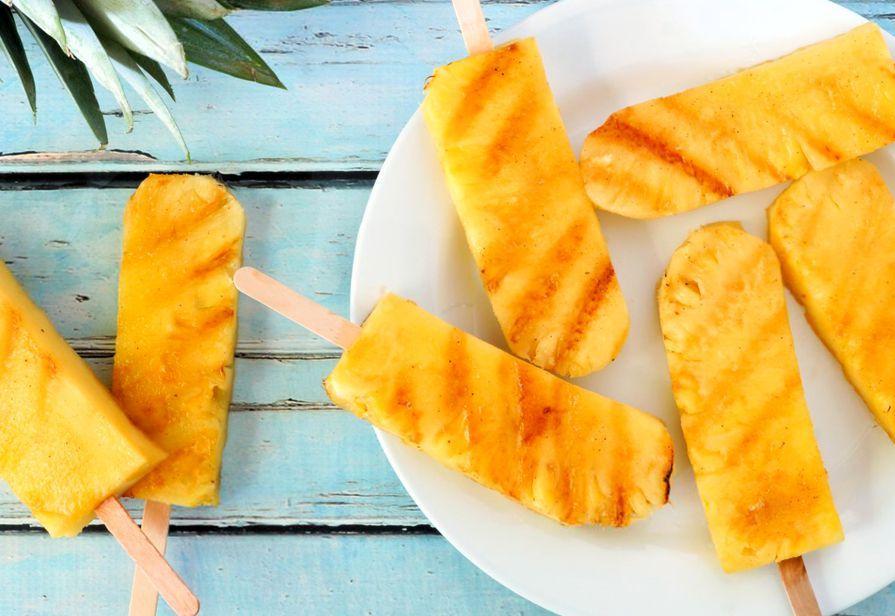 Stecchi di ananas alla griglia