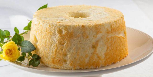 Angel food cake al limone