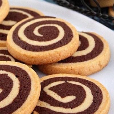 Biscotti Girella al cacao e cannella