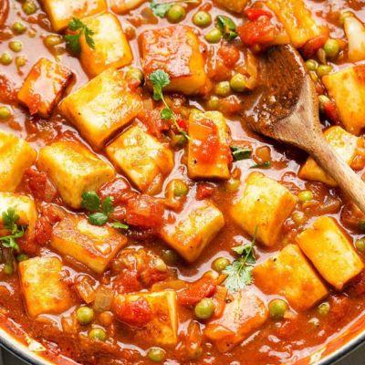 Spezzatino di tofu ai piselli