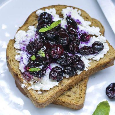 Toast all'uva