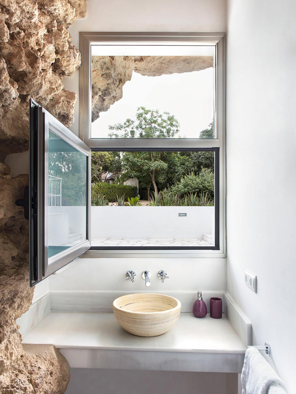 Cave house modern bathroom