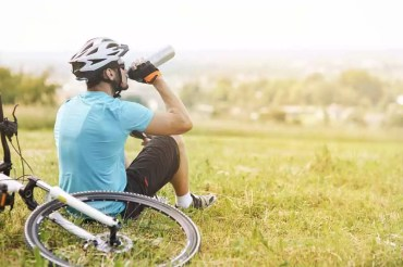 The 6 Best Water Bottle for Cycling In 2020 | Tips & Tricks