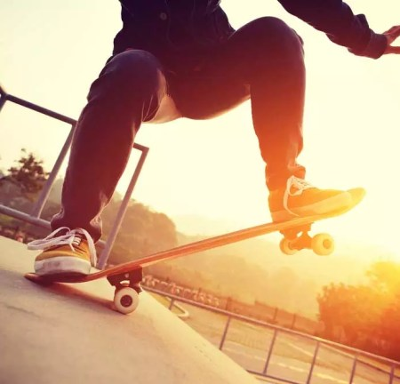 Best Skate Pants For Skateboarding and Longboarding