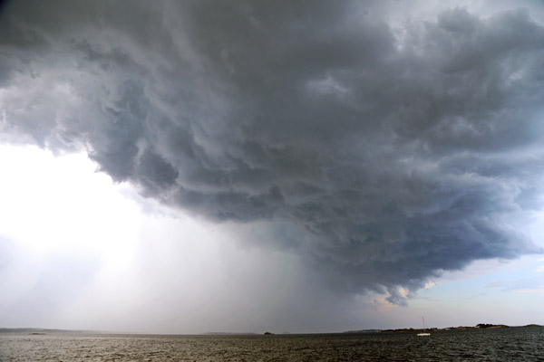 The second of 4 thunderstorms exits the region off of Marblehead Neck.