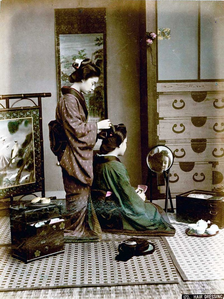 Kusakabe Kimbei-Hair_Dressing