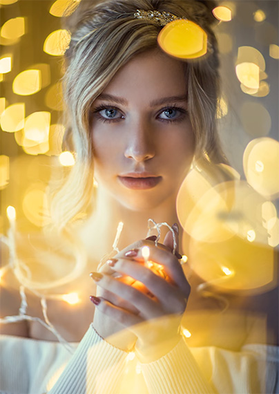 portraits with christmas lights