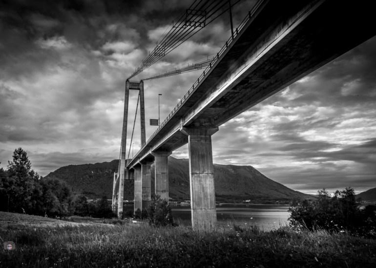 Gjemnessund Brücke