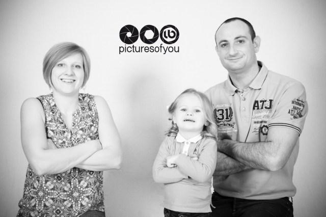 Portrait studio famille Audrey John Lucie Pictures of You Laurent Bossaert