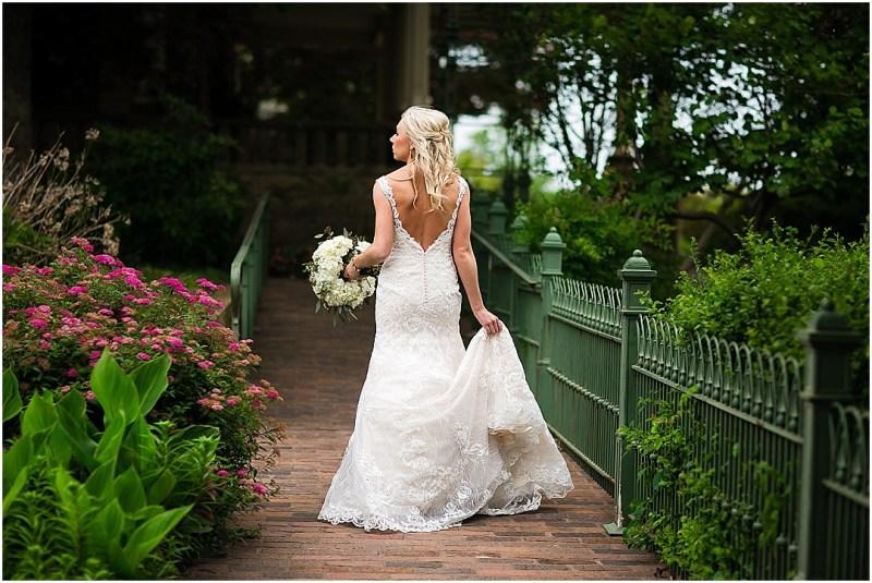 Gilcrease Museum Bridal Picturesque Photos by Amanda Tulsa Oklahoma_0003