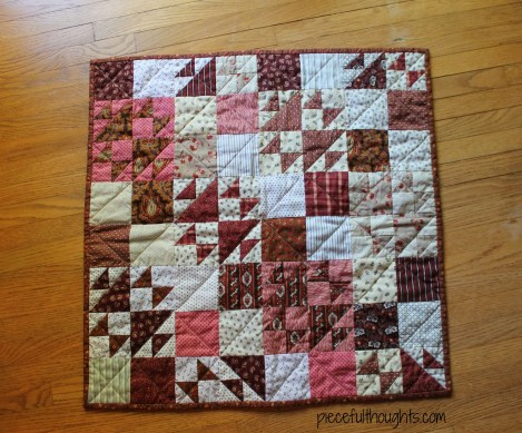 Mini Madder Quilt View 2 - piecefulthoughts.com