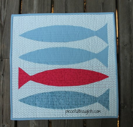 Fishy Monday Quilt - piecefulthoughts.com
