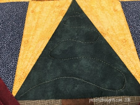North Star Mini - Quilting Detail - piecefulthoughts.com 2018