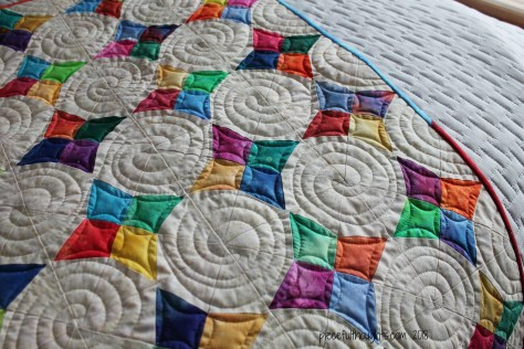 Periwinkle Gem - quilting detail - piecefulthoughts.com 2018