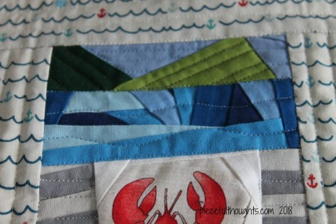 Maine Mini UFO - quilting detail - piecefulthoughts.com 2018