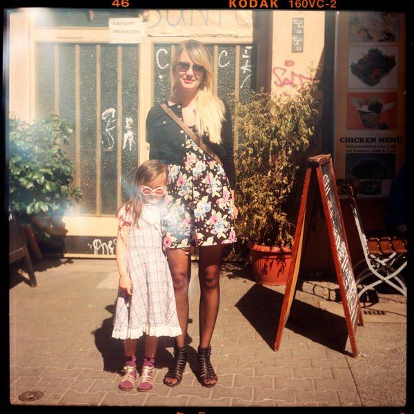 shirin, nicole, kindergarten, arbeitslos, 5, 22 - Pieces of Berlin - Book and Blog
