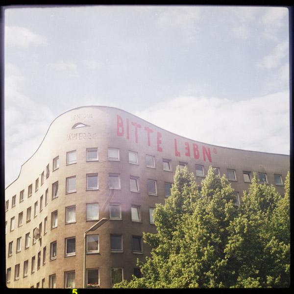 streetart, kreuzberg, c-print, bimer, bilder, berlin, anarchie - Pieces of Berlin - Collection - Blog