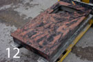 Sarkanbrūna granīta kapu apmale, daļēji slēgta
