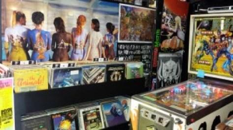 rockfantasy-vinyl_041914_01