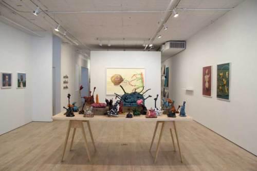 """Les Fleurs du Mal - Installation view, 2018 Center: Patrick Jacobs, """"Les Fleurs du Mal"""" tabletop sculpture installation"""