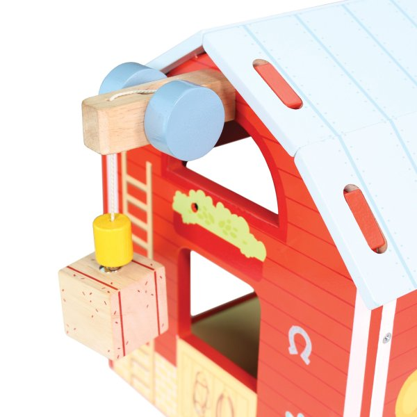 TV417-Red-Barn-Farm-Fence-Wooden-Play-Set-Bale
