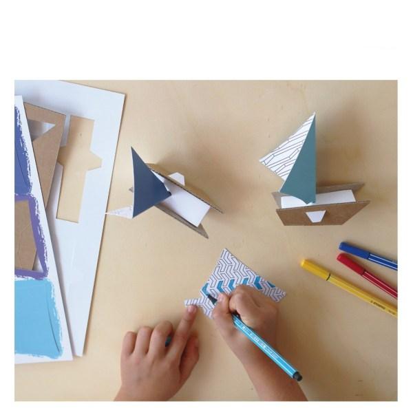 kit-creatif-voiliers-en-carton3