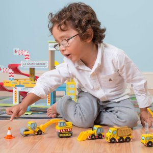 TV442-Construction-Wooden-Cars-Yellow-Digger-Lorry-Crane-Boy